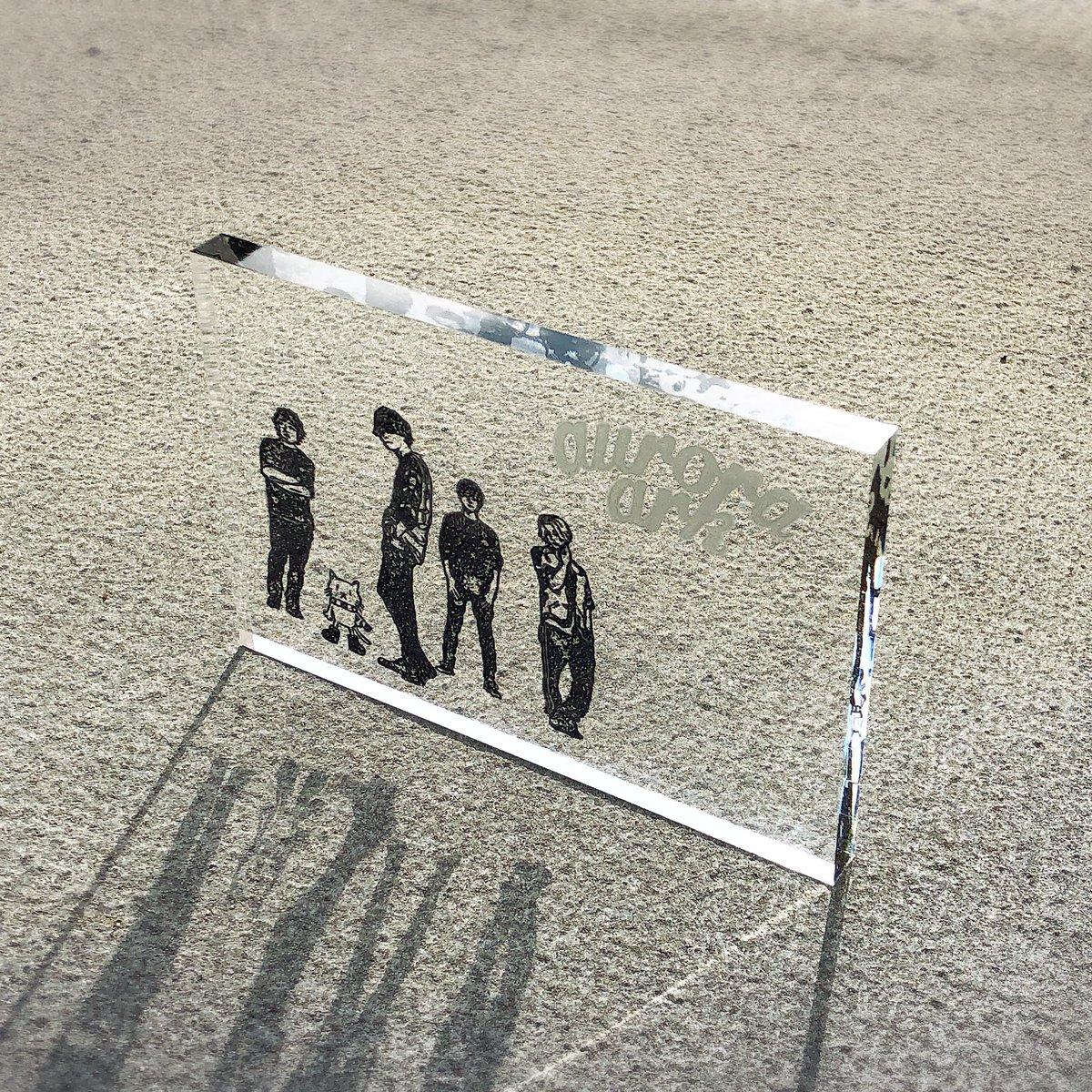 RT @boc_yekkaz: アクリル板があったので買ってみた✨ 良い写真すぎませんか💫 #BUMP #消しゴムはんこ https://t.co/LlKtTa2X2M