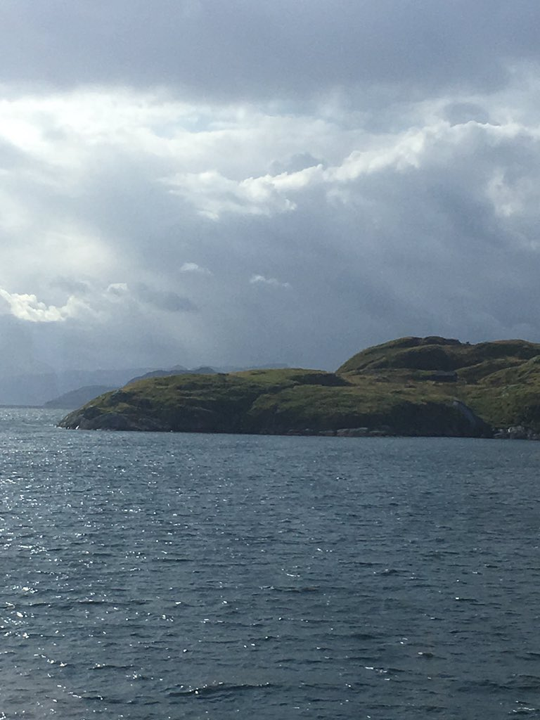 People have sailed these fjords since the Stone Age. Once they were covered by ice, and only a few kilometers away the 12,400 year old polar bear skeleton was found on one of the many islands here. #norway #history