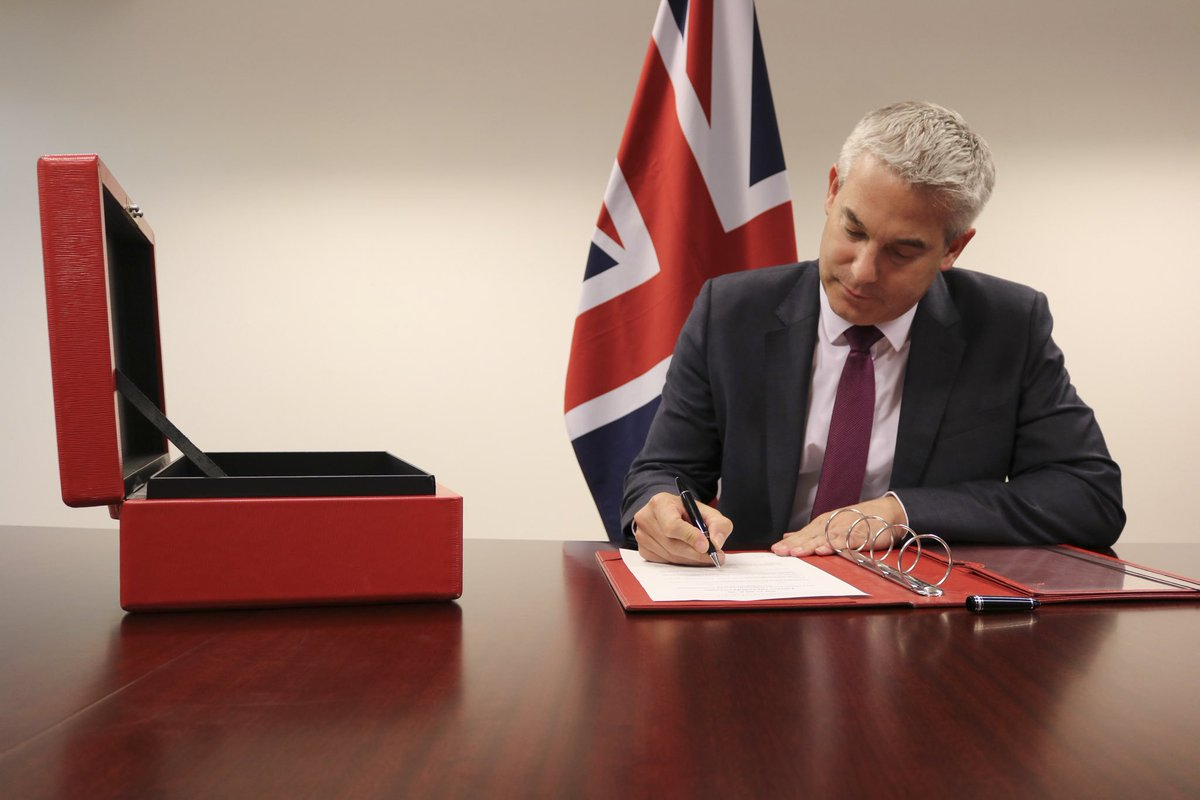"""""""We are leaving the EU on October 31st. The signing of this document means we will take back control of our laws on Brexit day."""" – PM @BorisJohnson #LeaveOct31 gov.uk/government/new…"""