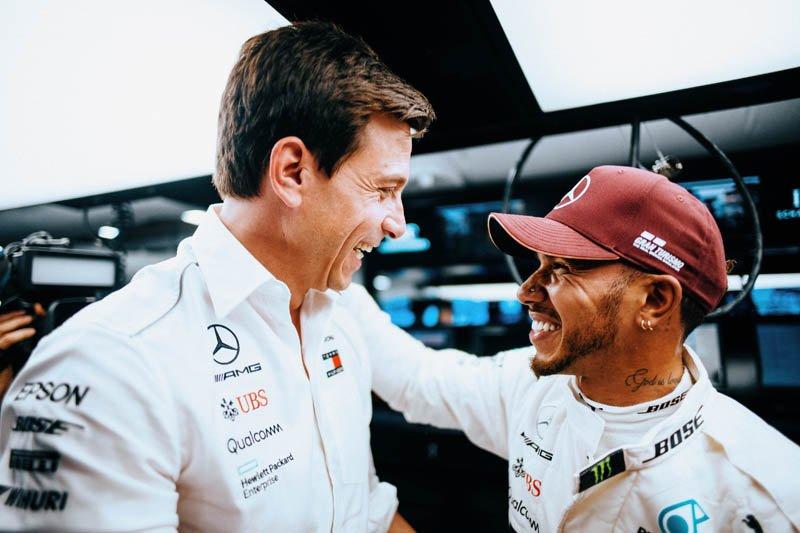 Wolff: Hamilton'a 2020'deki takım arkadaşı fikrini sorduk   🔗👉 http://www.sonsektor.com/haberler/wolff-hamiltona-2020deki-takim-arkadasi-fikrini-sorduk-65057/…   #F1