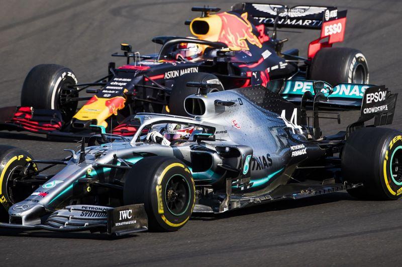 Hamilton Verstappen ve Leclerc'le daha fazla savaşmak için can atıyor   🔗👉 http://www.sonsektor.com/haberler/hamilton-verstappen-ve-leclercle-daha-fazla-savasmak-icin-can-atiyor-65053/…   #F1