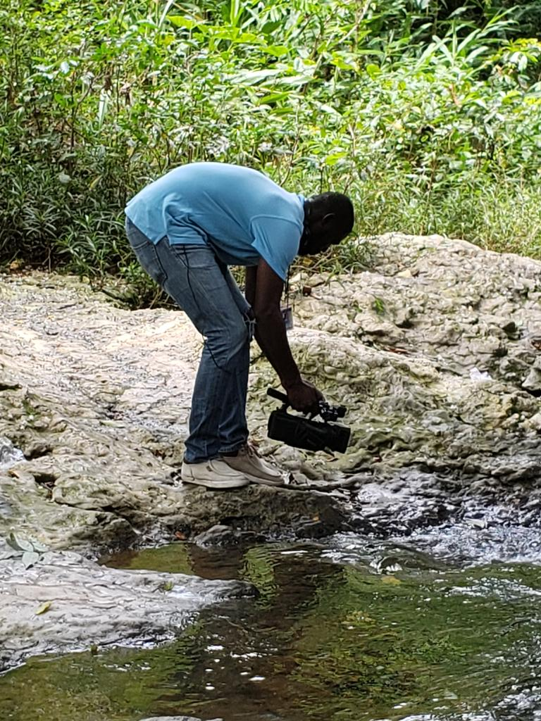 #TVJAllAngles #TVJAllAnglesRoadTrip #TVJAllAnglesDoRoad Where are we? What's the topic? Cameraman Kemar getting down ! Real tings dis!! <br>http://pic.twitter.com/1UBE8Xl220