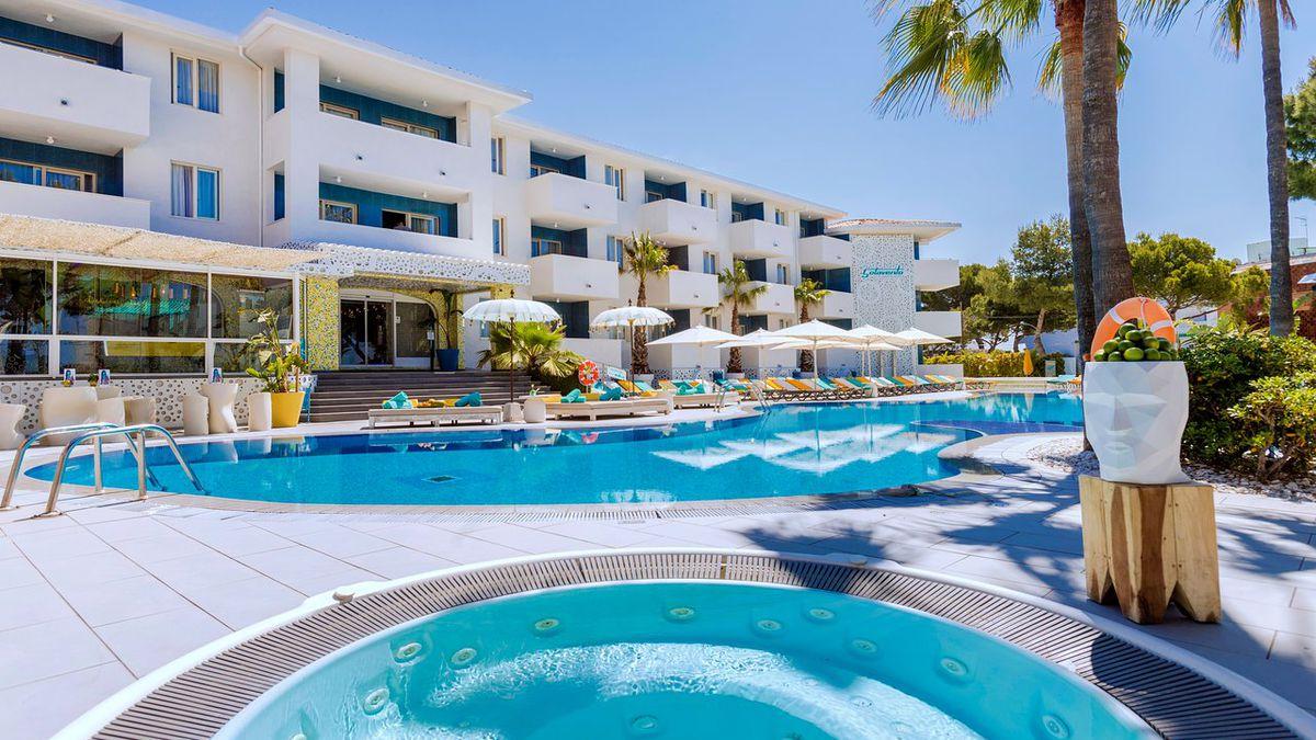 Adults only Majorca holiday from £204pp - 5nts 3* award winning hotel & flights (7nts £267pp) http://dlvr.it/RBRg0t  #WednesdayWisdom #ThursdayThoughts #FridayFeeling #SaturdayMorning #SundayMorning #MondayMotivation #TuesdayThoughts #MondayMorning #Tu…