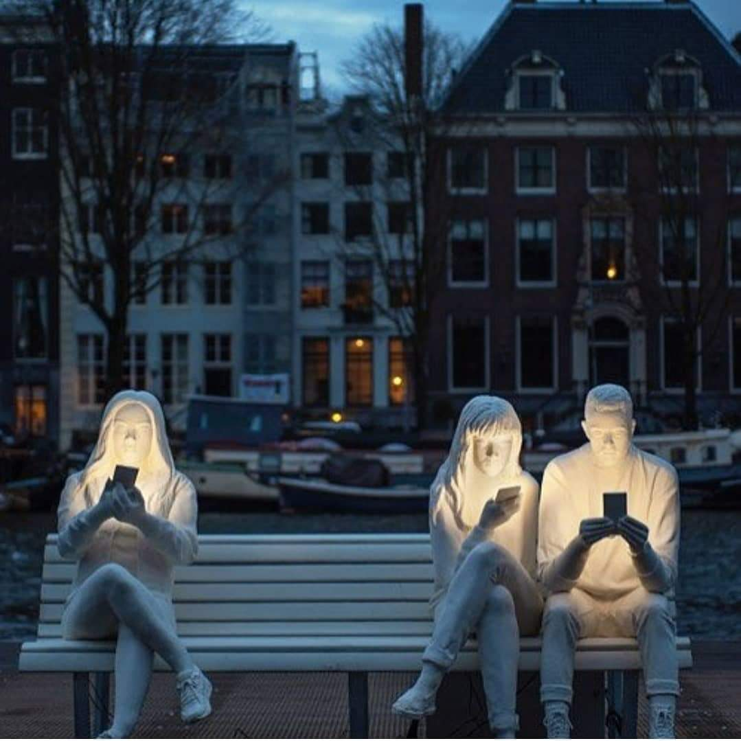 'Addiction' ... A sculpture  on bench in #Amsterdam.   Via @ShaileshGoyal<br>http://pic.twitter.com/GsoE02I7Dc