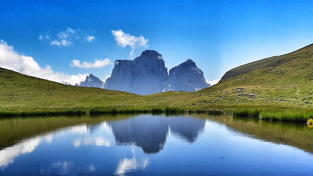 RT @pizzo_76: Nel mondo di Mondeval #montagna #Dol...