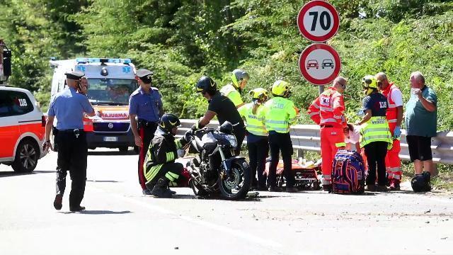 Scontro auto-moto, gravissimo incidente sulla Rome...