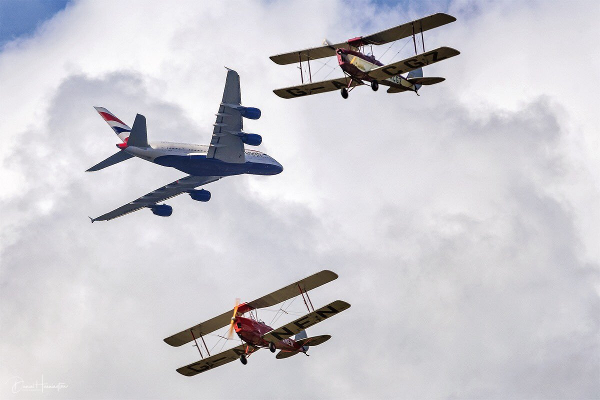 'Old & New' @British_Airways Airbus A380 in 'formation' with 2 Tiger Moths from the Tiger 9 Demo team at @LBHACommunity airshow. #Airbus #Bigginhill #Festivalofflight