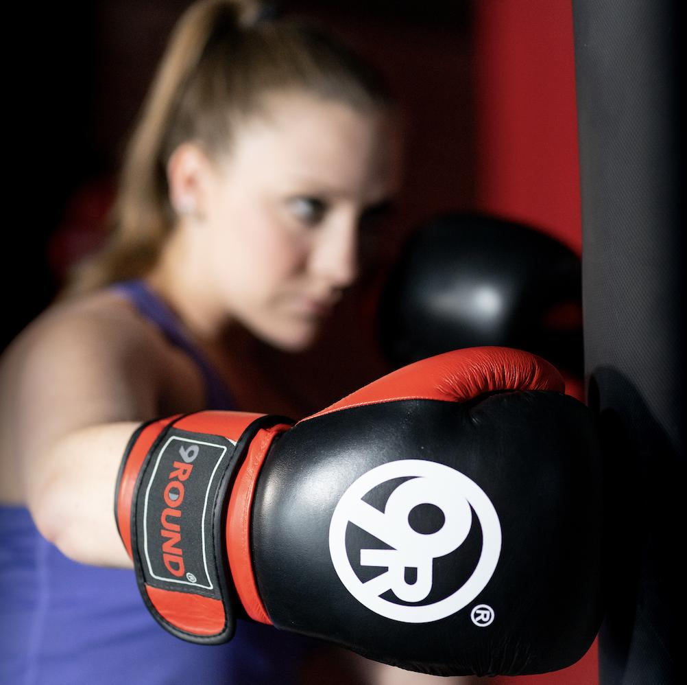 Just one 30-minute 'sweat sesh' at 9Round and you'll be HOOKED! Favorite if you agree.   #9Round #9RoundNation #Fitness #Punch #Workout #Fitspo <br>http://pic.twitter.com/lSnBkeVxTe