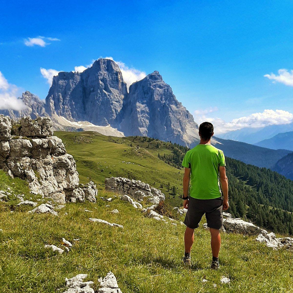 RT @pizzo_76: Ammirando il Monte Pelmo #italia #mo...