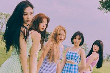 「週刊アイドル」Red VelvetアイリーンVSジョイ、ビジュアル対決