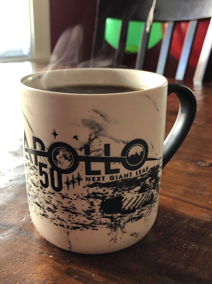 Man this is a cool #Apollo50th coffee mug, thanks @hciudad!<br>http://pic.twitter.com/Tg9ZW4MaSg