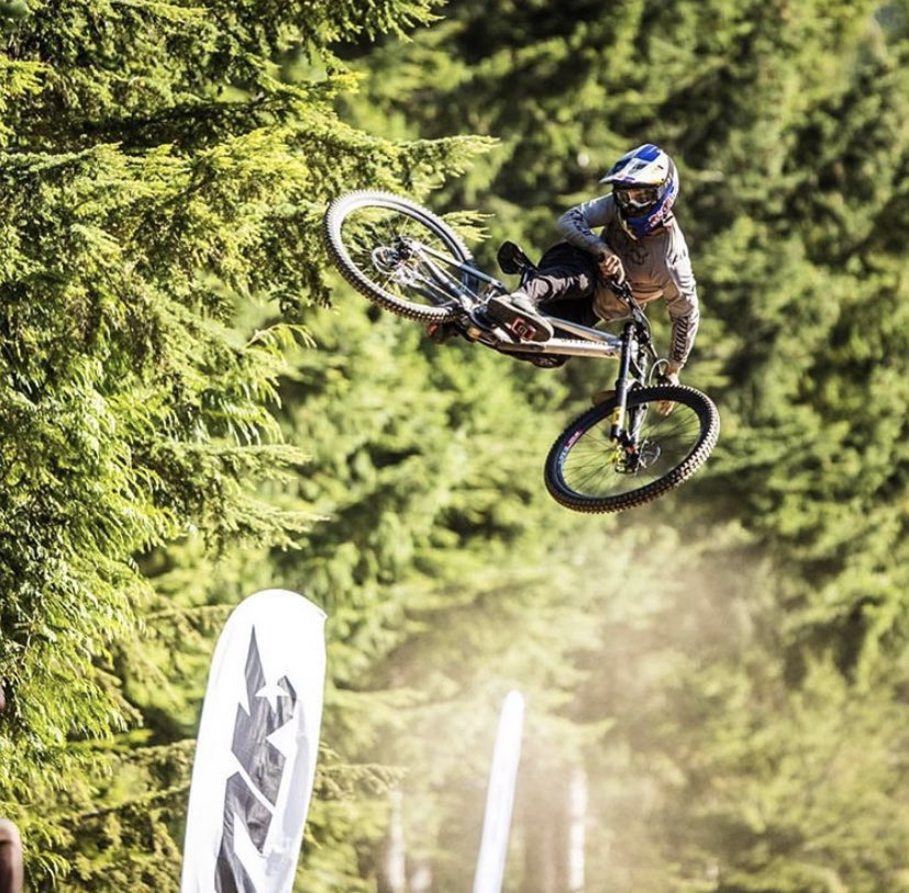 test Twitter Media - Watch live DH action right here 👉 https://t.co/CPt037jUF4  The Canadian Open DH is about to start and it's going to be 🙌 #DH #crankworx   📸 : Seb Scheick https://t.co/LeMTFLBVwX