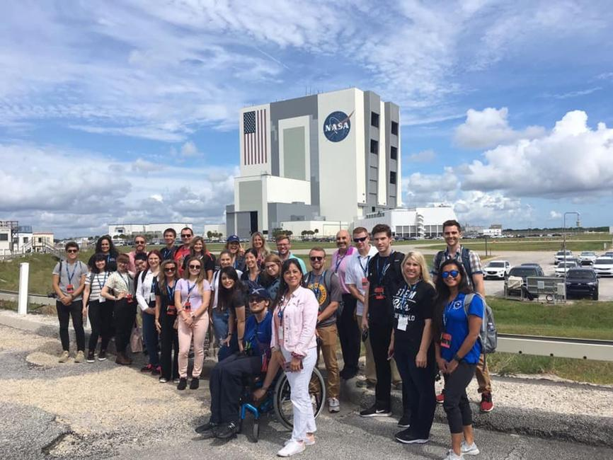 Enthusiastic educators rock our world! After talking to space tech pros during a recent @SpaceX cargo re-supply social, @LakotaSuper plans to bring the material into the classroom. Read more: go.nasa.gov/2z89NfA