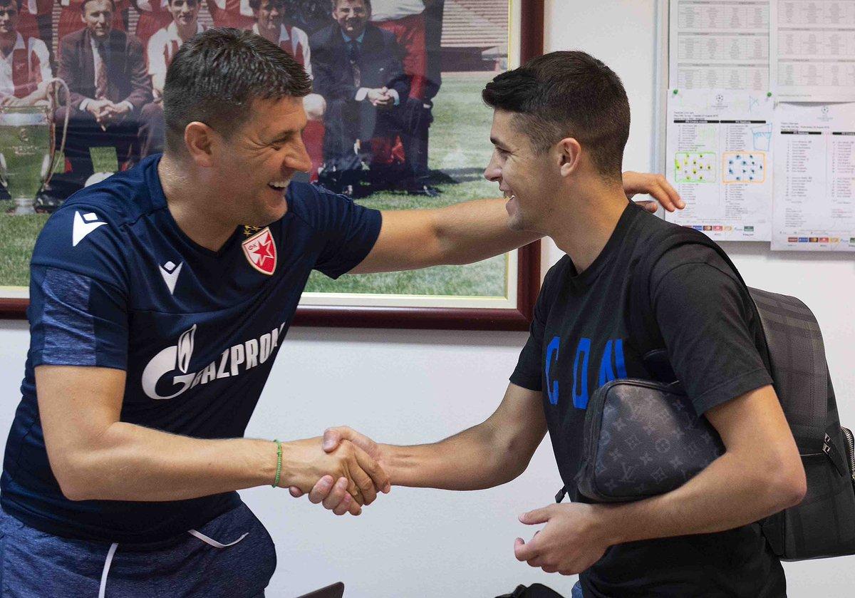 RT @crvenazvezdafk: ¡Bienvenido, Mateo! 🇦🇷🔥  🔴⚪️#fkcz @MateoGarcia_96 https://t.co/eBr9Xh4zuG