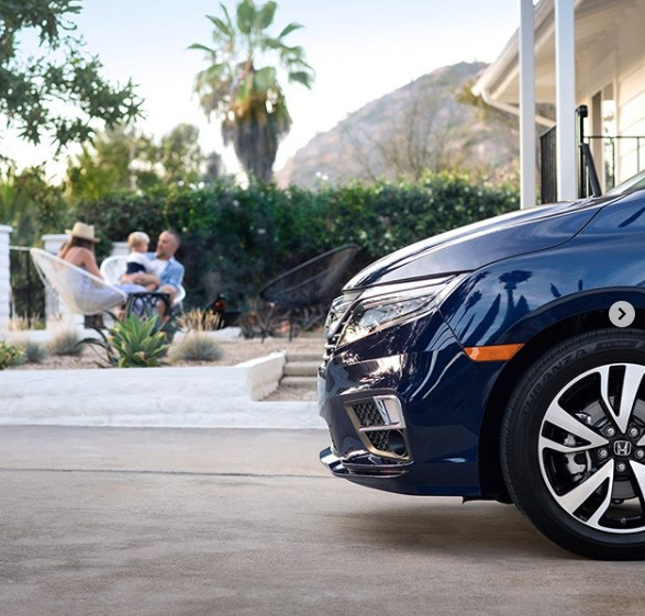 What's your ideal summer evening? Ours includes the whole fam, a fire pit and an Odyssey in the driveway. #CollegeParkHonda #CollegeParkMD #RRRAutos