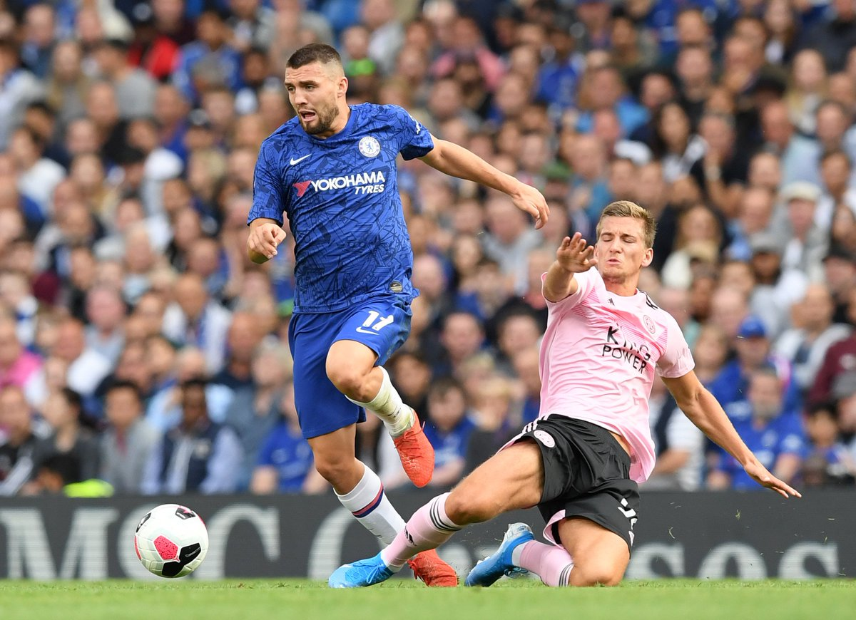 5️⃣ minutes + added time to find a winner... COME ON CHELSEA! 1-1 #CHELEI