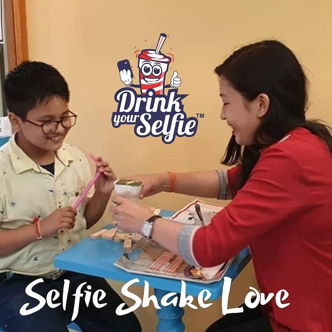 Love is genuine when it gives you the opportunity to be simply the ideal impression of your real self in the #SelfieShake. #DrinkYourSelfie #selfiemainepeliaaj #loveit #pune #punekar #sunday #foodtalkindia #story #selfie #selfielovers #selfiepune #Twitter