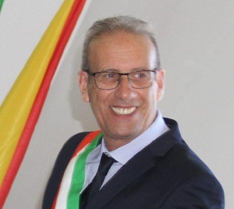 Il sindaco di Ustica indagato per inquinamento ambientale, dopo anni aveva affidato i lavori per il depuratore - https://t.co/C0rgrbJqrV #blogsicilianotizie