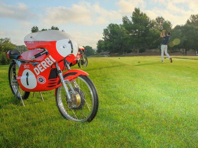 Más de 28.000 Euros recaudados en el primer Torneo benéfico Fundación Ángel Nieto, celebrado en @GolfIbiza bit.ly/2P3hVc1