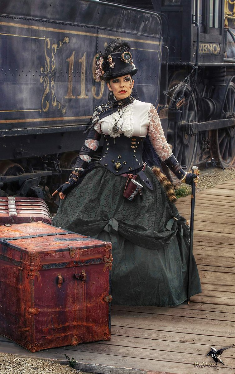 At the Train Depot 🎩 #Arizona #Steampunk #wildwestcon #OldTucson #PhotosbyRaVen #Cosplay #WyldePhoenixLeather #SteampunkFashion #steamlocomotive