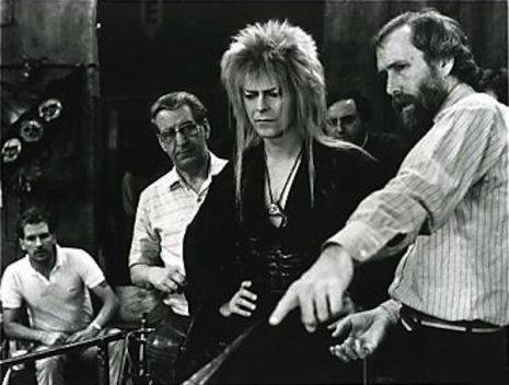 RT @ElliottBlackwe3: David Bowie with Jim Henson & Jennifer Connelly on the set of Labyrinth https://t.co/uHE4jidNy5