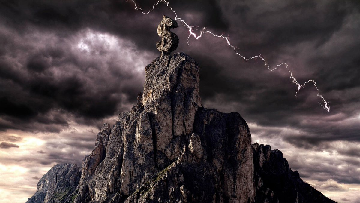 Wall Street Worried About Key Recession Indicator After Ominous Black Storm Clouds Spotted Atop Mount Money https://trib.al/KtCHMPs