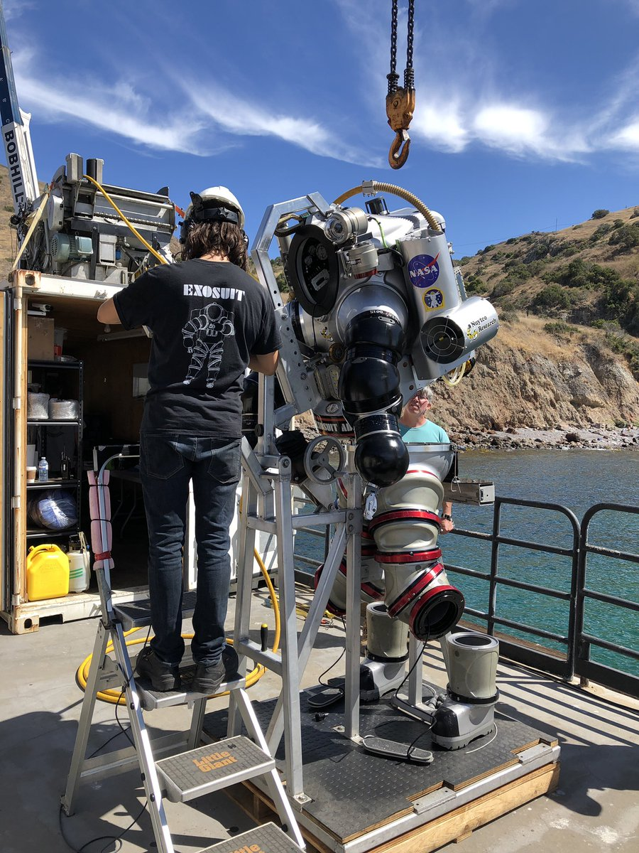 Exploration on earth to prepare us for exploration in space. @NASA_NEEMO NXT project working underwater to explore the tools, tasks, techniques and training. @NASA_Astronauts @NASA