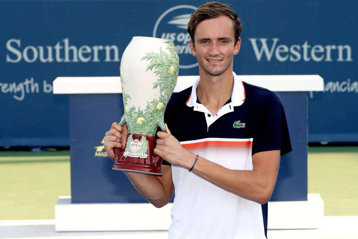 First Masters 1000  ATP Top 5  Third consecutive final  Leads tour in wins in 2019   Congratulations to 2019 @CincyTennis Champion, @DaniilMedwed. #CincyTennis<br>http://pic.twitter.com/fHxLwN6eyp