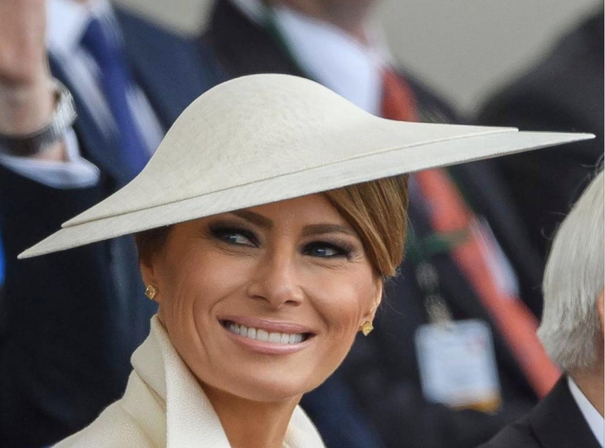 From her @gucci dress rendered with images of Tower Bridge, the Big Ben clock tower and a double-decker bus, Melania Trumps clothing is often prone to cliches, but do they convey anything else? vogue.co.uk/article/melani…
