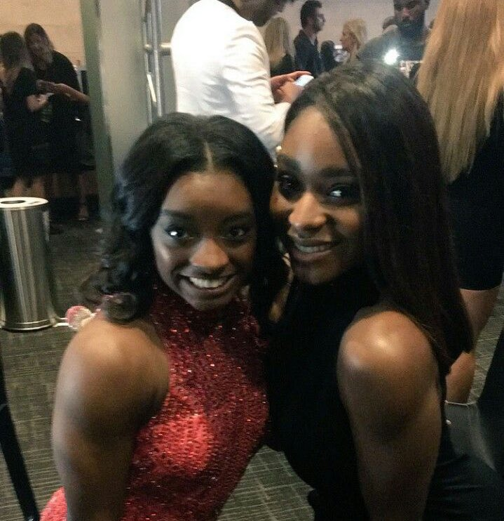 RT @PopCrave: Olympic gymnast @Simone_Biles shows love to @Normani on Twitter. https://t.co/53Tzq15aYX
