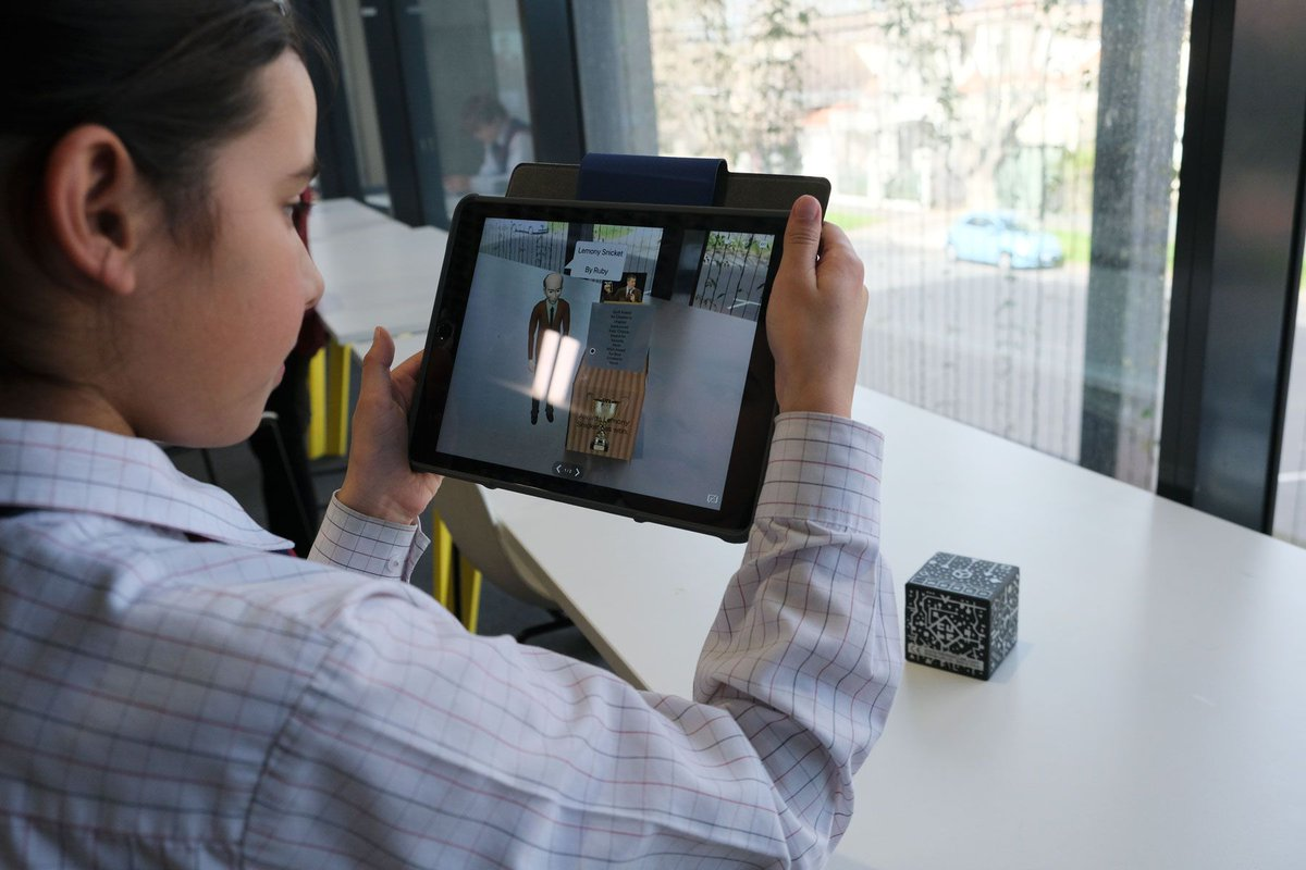Augmented reality bringing learning to life - St Michael's Grammar School https://t.co/OLVdDtTrcT https://t.co/6gfo2RPqdm
