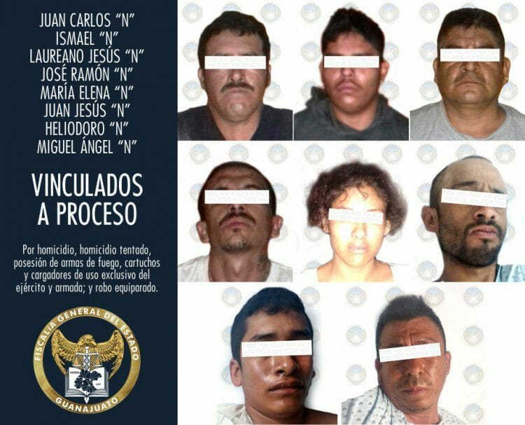 #PorSiTeLoPerdiste #Seguridad 🚨 | Vinculan a presuntos responsables del asesinato del teniente de la Guardia Nacional en Yuriria #detenidos #ejecutado #fiscalía#Entérate 👉https://zonafranca.mx/seguridad/vinculan-a-presuntos-responsables-del-asesinato-del-teniente-de-la-guardia-nacional-en-yuriria?utm_campaign=twitter&utm_medium=twitter&utm_source=twitter…