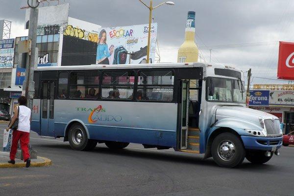 #Entérate 5 de cada 10 consideran como malo el servicio de Transporte Público en Aguascalientes http://alchileaguascalientes.com/5-de-cada-10-consideran-como-malo-el-servicio-de-transporte-publico/… 🚌🚌🚌@Mx_Diputados