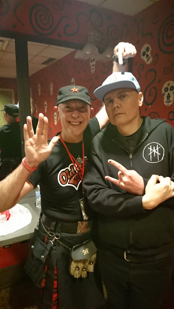 Billy Corgan of #smashingpumpkins at @thealarm show in Cleveland tonight wearing #StarTrek cap Hes a #Slade fan too, so definitely my kind of bloke. #thealarm #SigmaTour