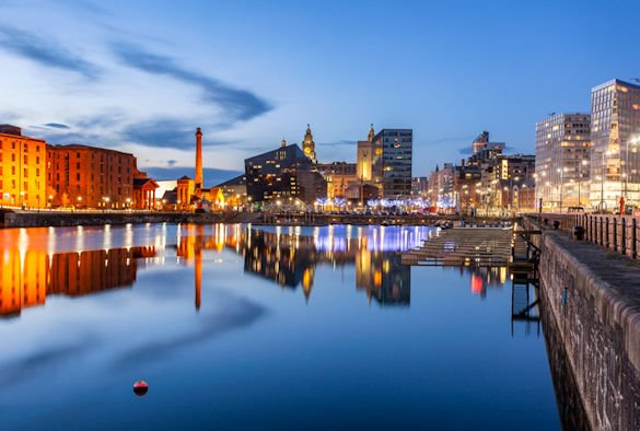 #Liverpool is the best place in Britain to be a young #graduate according to new research bit.ly/2TItELL