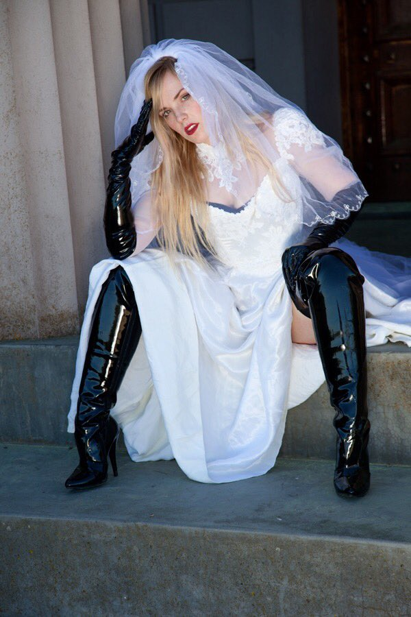 Bitch I'm The Bride