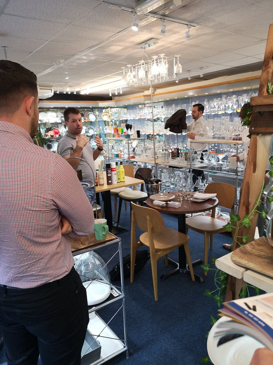 Sweet talkin in the Showroom this morning with @ODKmixersUK. Browse their fantastic range of purees, syrups and creams here 👉 bit.ly/2Z0tS6D 🍹