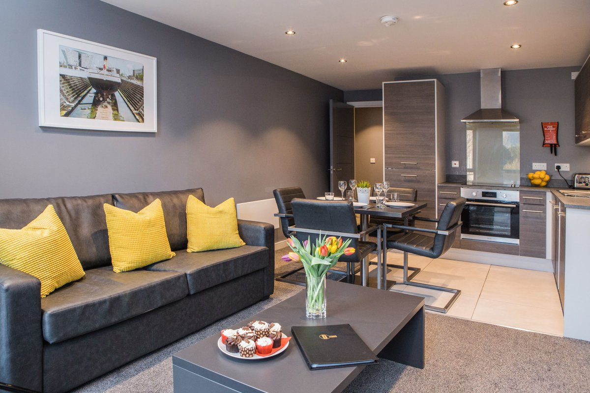 Enjoy a relaxing #Dreamstay in our ST Thomas Hall apartments in Belfast. With modern, spacious interiors, whats not to like? #servicedapartments #businesstravel #corporatehousing #corporatetravel #servicedaccommodation