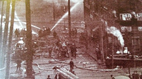 The Resiliency of Americans in the Early 1900's   https://www. sarasotapost.com/great-reading/ 2600-the-resiliency-of-americans-in-the-early-1900-s  …   #1900s #Resliency #SRQPost #SarasotaPost #Fires<br>http://pic.twitter.com/wo2pGvJQ06