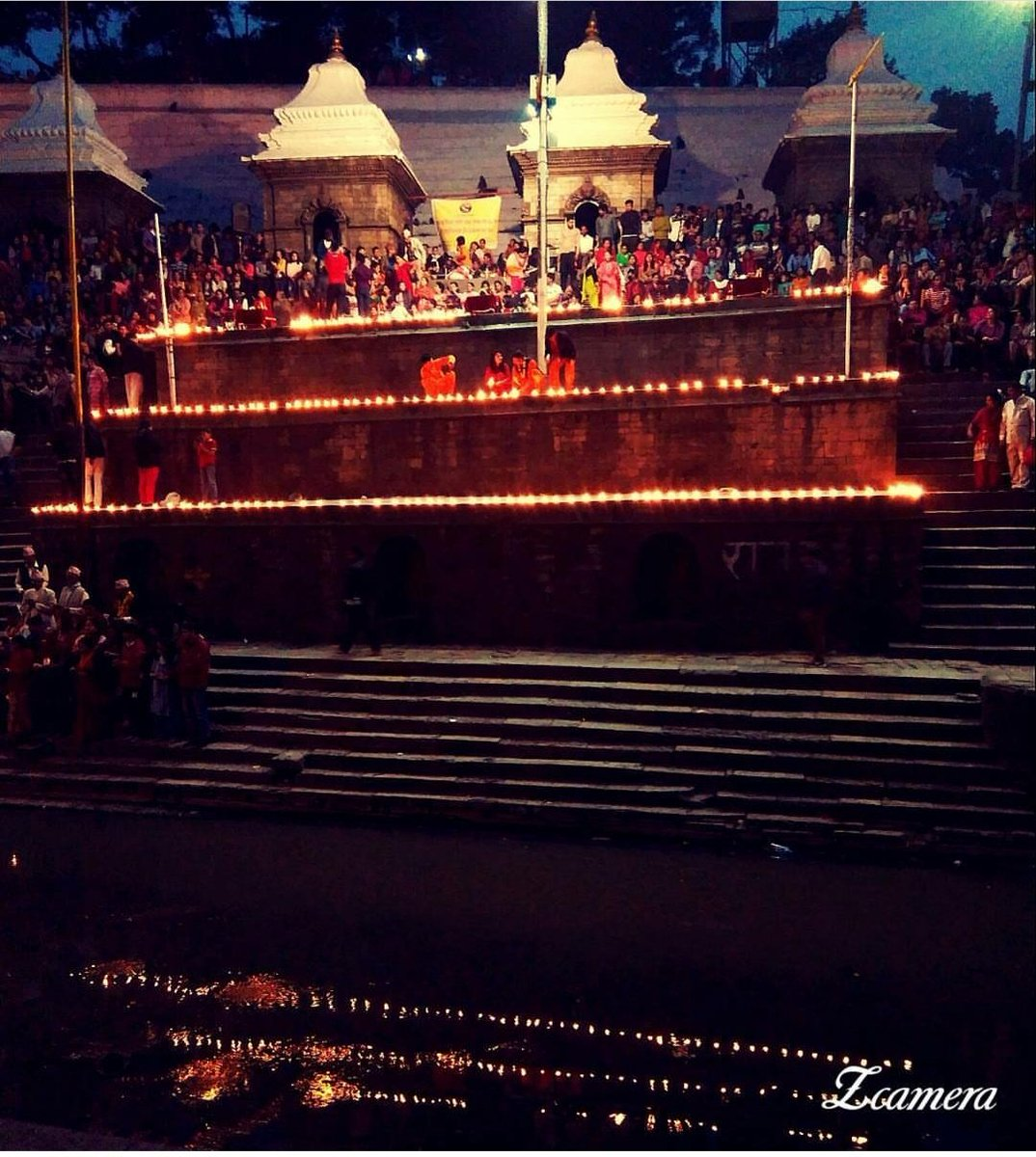 #WorldPhotographyDay2019 #VisitNepal2020 #pashupatinath #Temple #sandhya #aarati