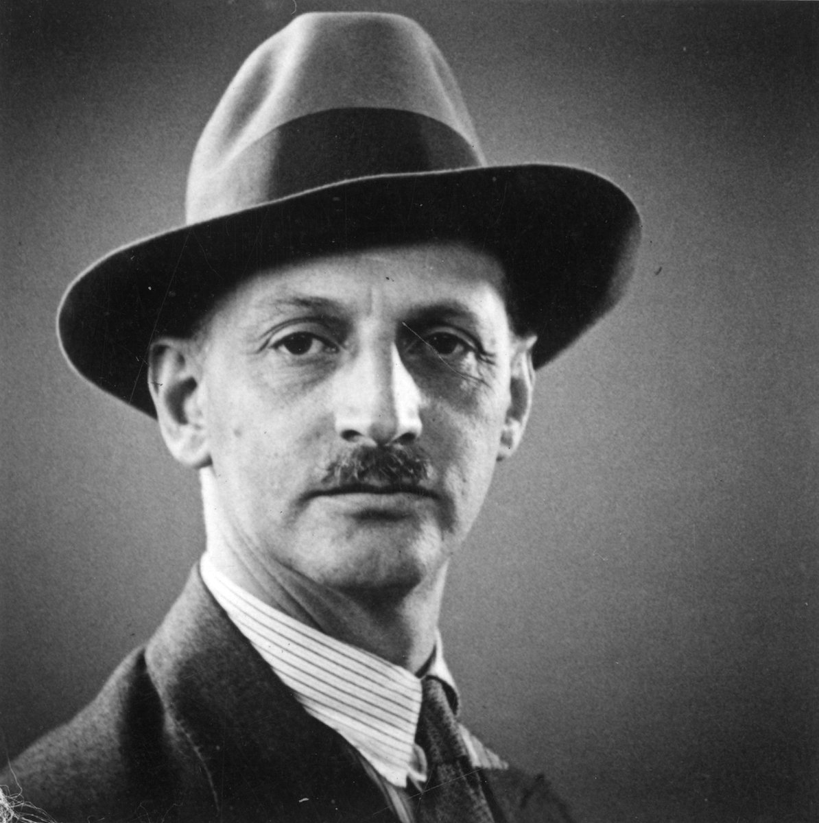 #OttoFrank died on this day in 1980. He is best known as #AnneFrank 's father. Without him, Annes diary would not have been published, and there would not have been an #AnneFrankHouse. But of course, he was much more than Annes father. Read more: bit.ly/2yrkUzT