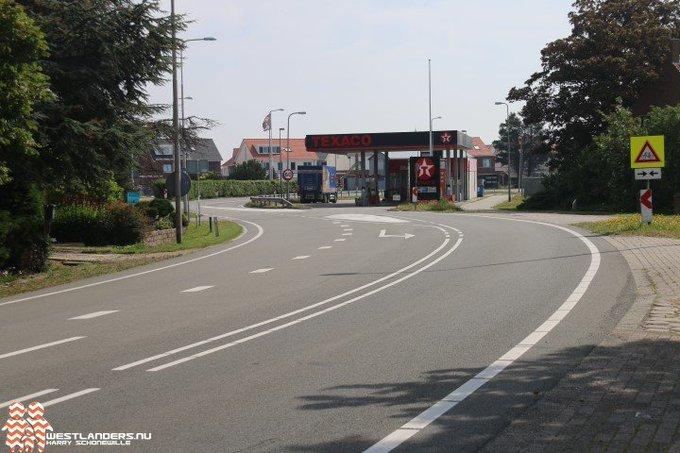Nachtafsluiting Naaldwijkseweg vanwege asfaltwerkzaamheden https://t.co/mDKUSui9Jj https://t.co/ZMQ7S9mCJD