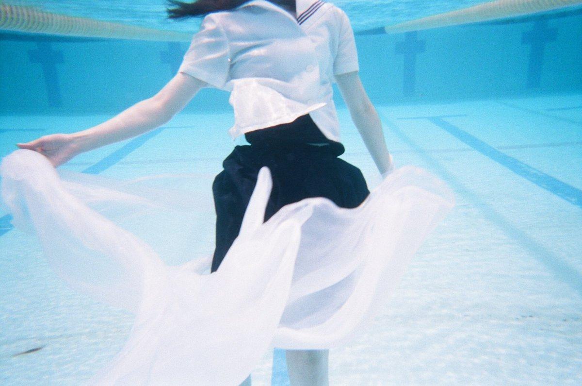 水の中楽しい。