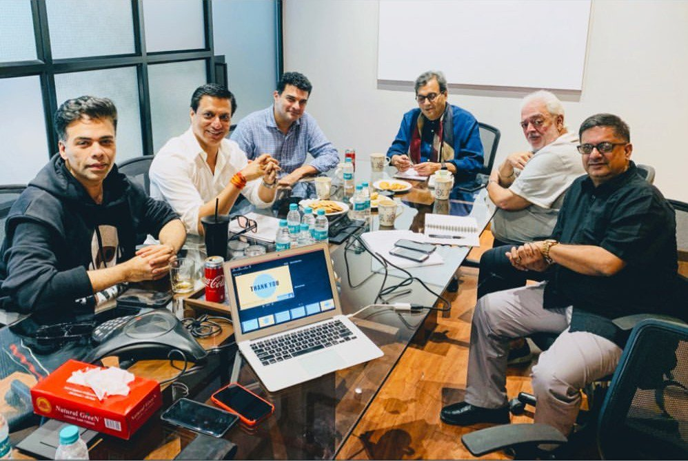 Members of the Steering Committee of #IFFI2019, @karanjohar @imbhandarkar @SubhashGhai1 Rahul Rawail & Sidharth Roy Kapur, meet again at Mumbai, with the Director of @DFF_India, to discuss the Work in Progress for @IFFIGoas Golden Jubilee edition this Nov 2019.