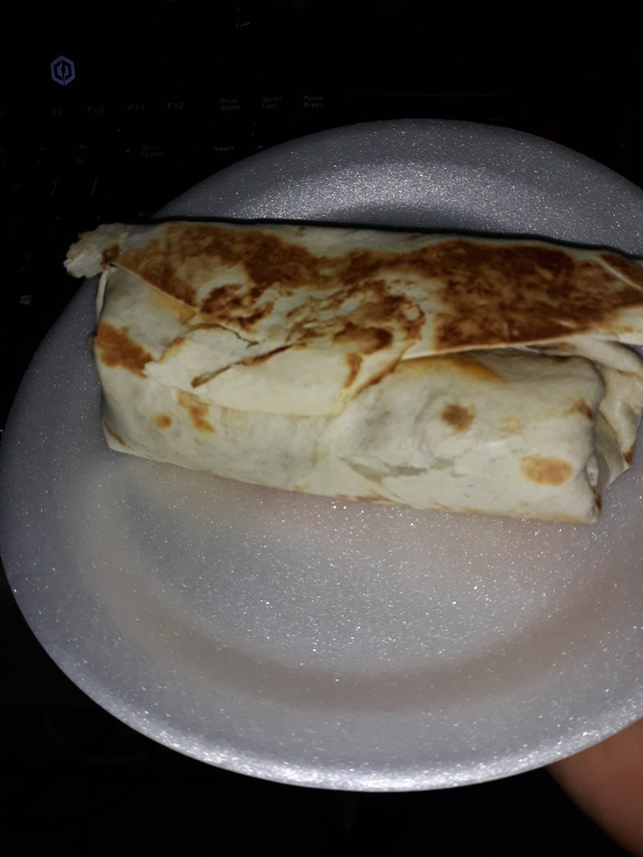 Look at this big old burrito anyway going live on twitch with #NoManSkyBeyond lets go twitch.tv/thaneasura @ProfesorLegend @LabeledCat @bmurkinu420 @SunNingKagura @ASMooTH650 #supportsmallstreamers #SmallStreamersConnect #TwitchAffilate #ps4 #Space