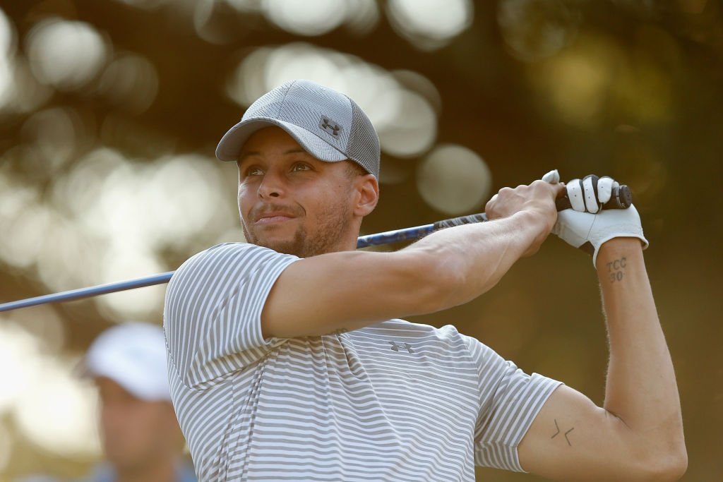Steph Curry is scheduled to announce today, at Langston Golf Course in D.C., that he is sponsoring the creation of both men's and women's golf teams at @HowardU. It is the first time in decades that the school will have competitive golf teams.