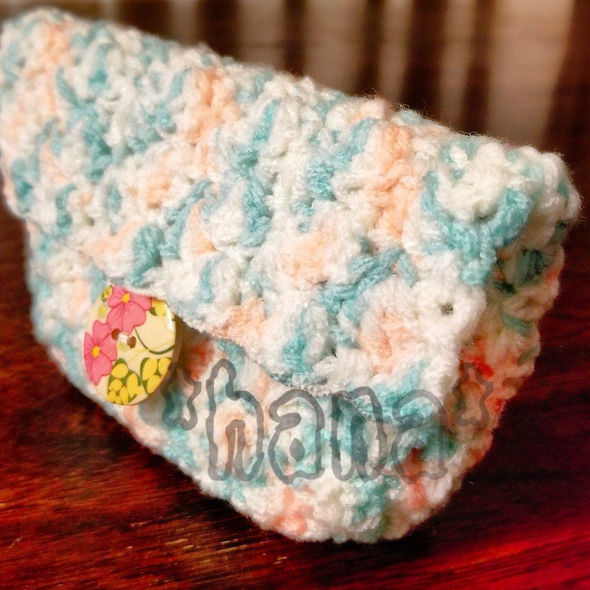 test ツイッターメディア - ダイソーのカラフルヤーン チェリーミント ひと玉でポーチを編みました💃 細編みと長編みの組み合わせでできる模様で、歪まないように往復編みで編み進めたら綺麗に形が整いました🥰 #かぎ針編み #ダイソー #カラフルヤーン  #crochet https://t.co/hvFpw8dwA4