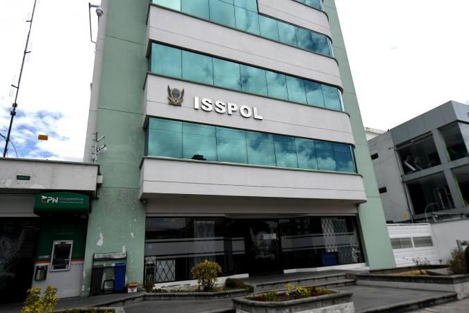 Un vinculado con inversión del Isspol fue detenido ► http://ow.ly/8Pod50vBSLM