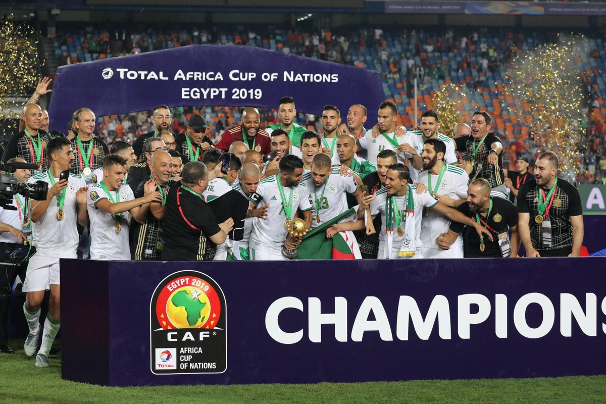 On this day exactly one month ago, Algeria were crowned 2019 Africa Cup of Nations champions ! The Desert Warriors beat Senegal 1-0 in the final to win the Africa Cup for the 2nd time in @LesVerts  history after the triumph on home soil in 1990 #TeamDZ #AFCON2019  <br>http://pic.twitter.com/OULPt88atq