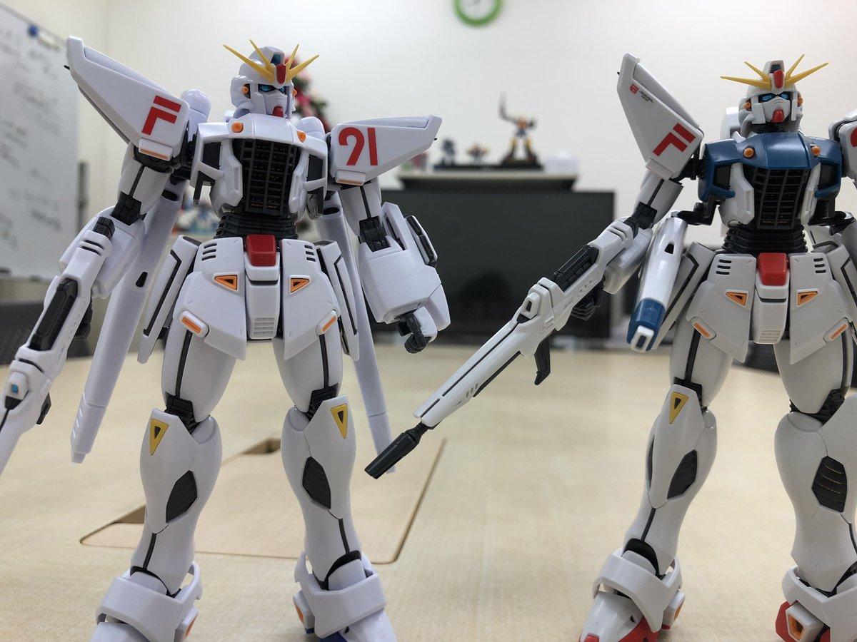 RT @gundam_reco: オマケ。富野展限定F91と普通のF91。 https://t.co/bmC2bRiMZH